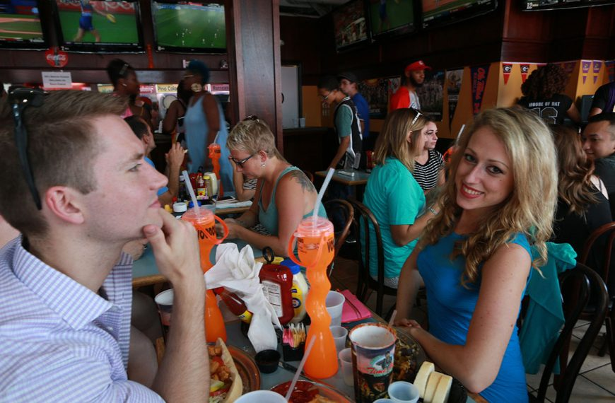 Casual dining at Poppy's Time Out Sports Bar & Grill in New Orleans