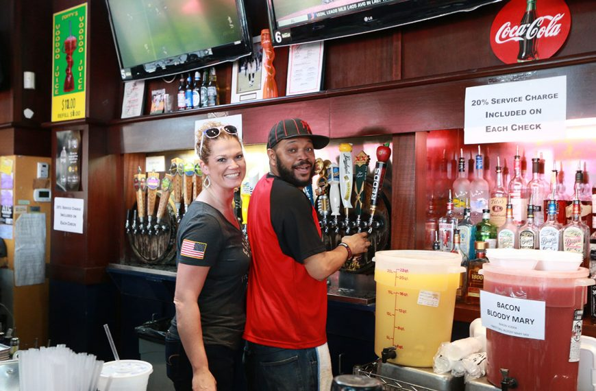 Ice cold beer and signature drinks at Poppy's Time Out Sports Bar & Grill in New Orleans